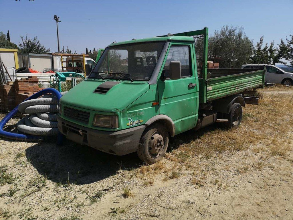 IVECO Daily 35-8 Truck