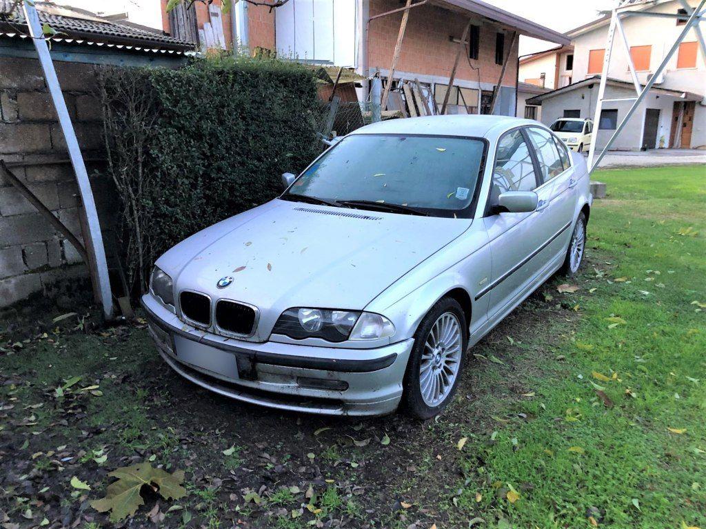 BMW 330 D.