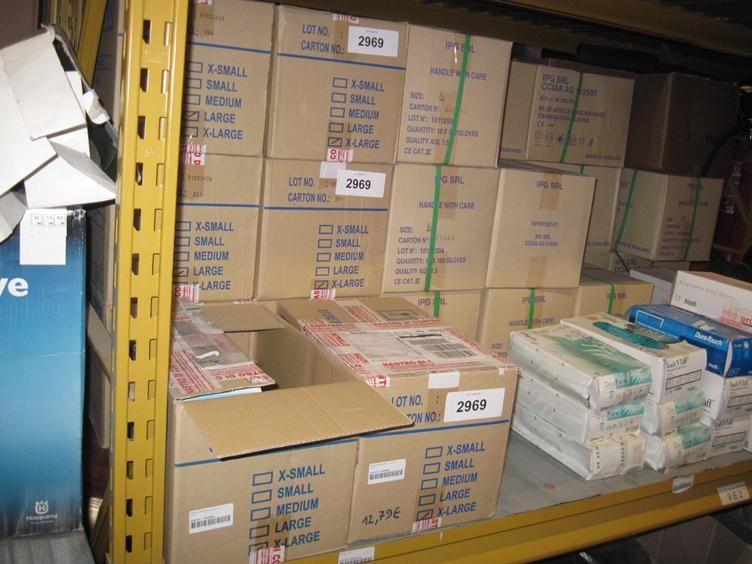 N. 460 Packungen Plastikhandschuhe