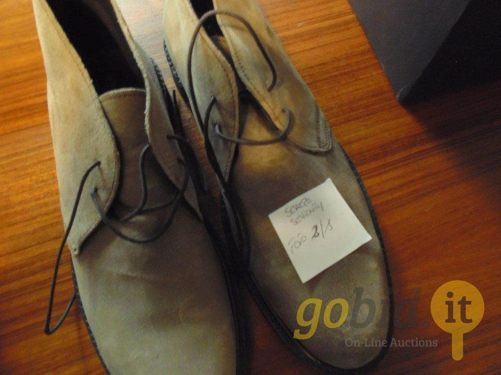 N. 4 Paar Schuhe