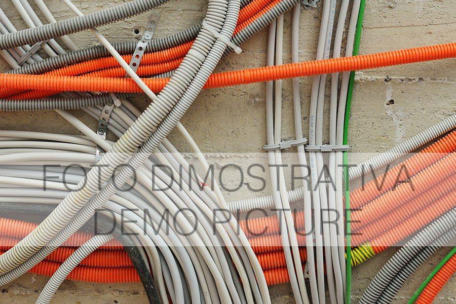 Pneumatische und hydraulische elektrische Anschlüsse