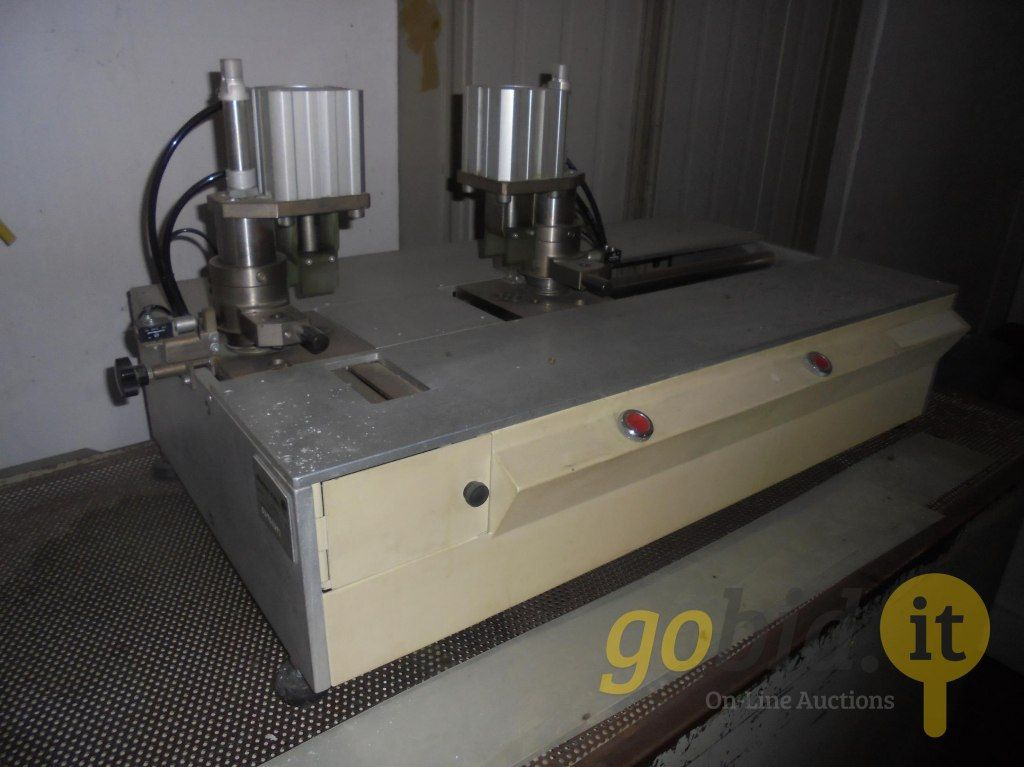 Colonne vertébrale Insertionsmaschine