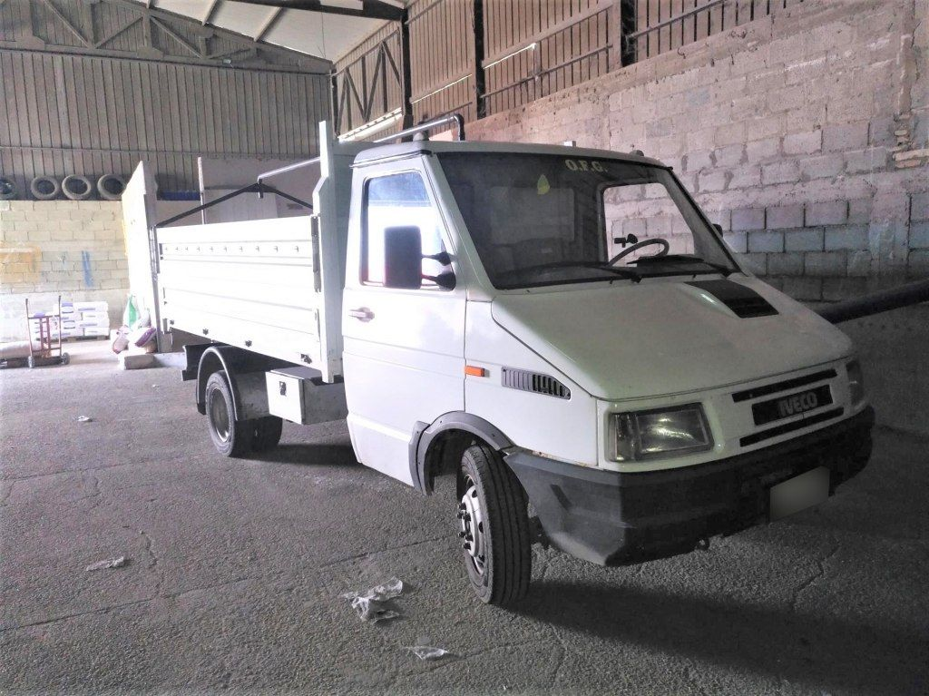 IVECO Daily 35-10 Truck