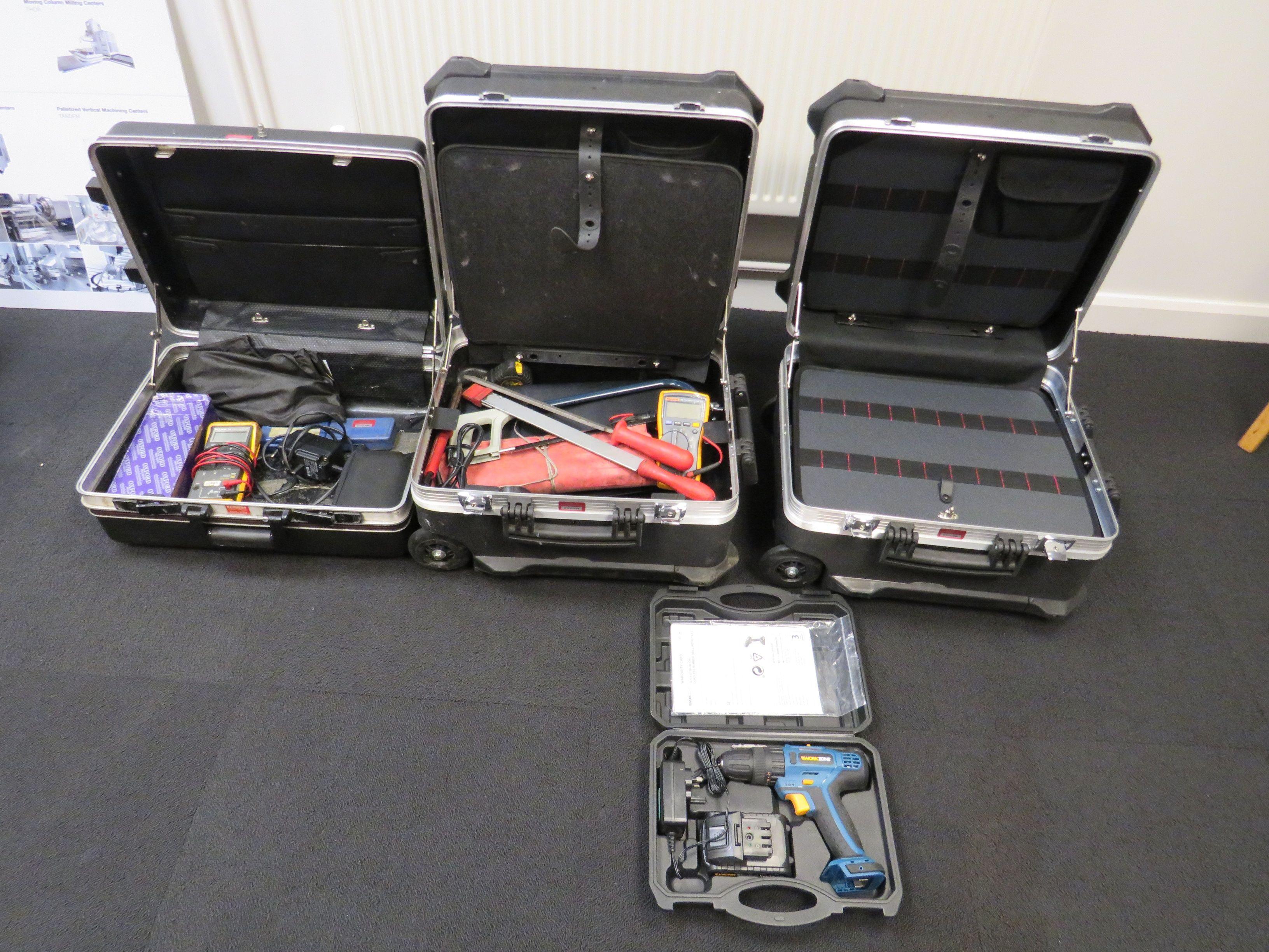 (3) Tragbare Werkzeugkästen, kabellose Workzone-Bohrmaschine
