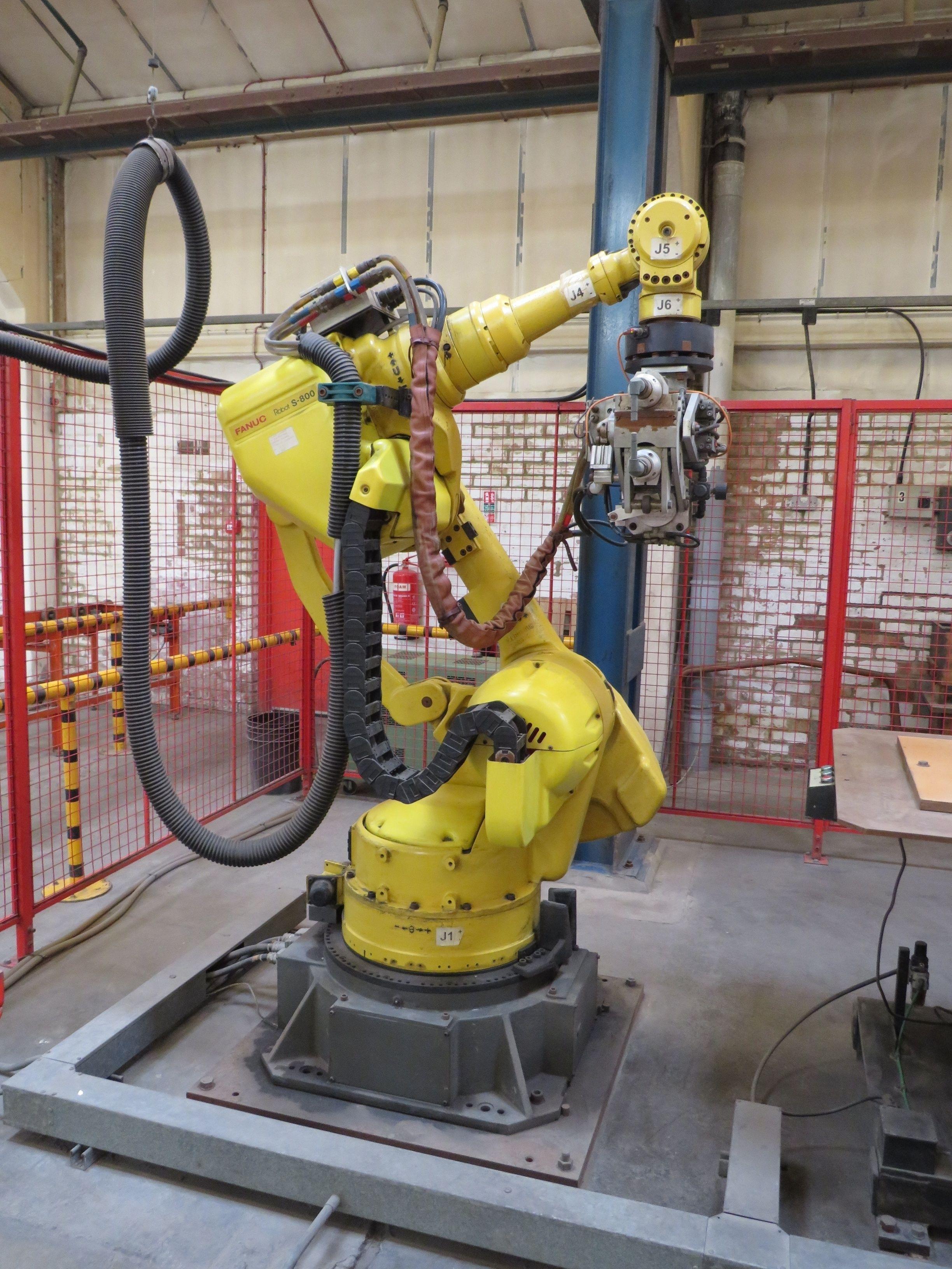 Fanuc Robot S-800 6-Achsen-Punktschweißgerät