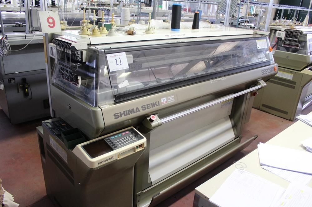 Shima Seiki SES 122RT Flachbettstrickmaschine