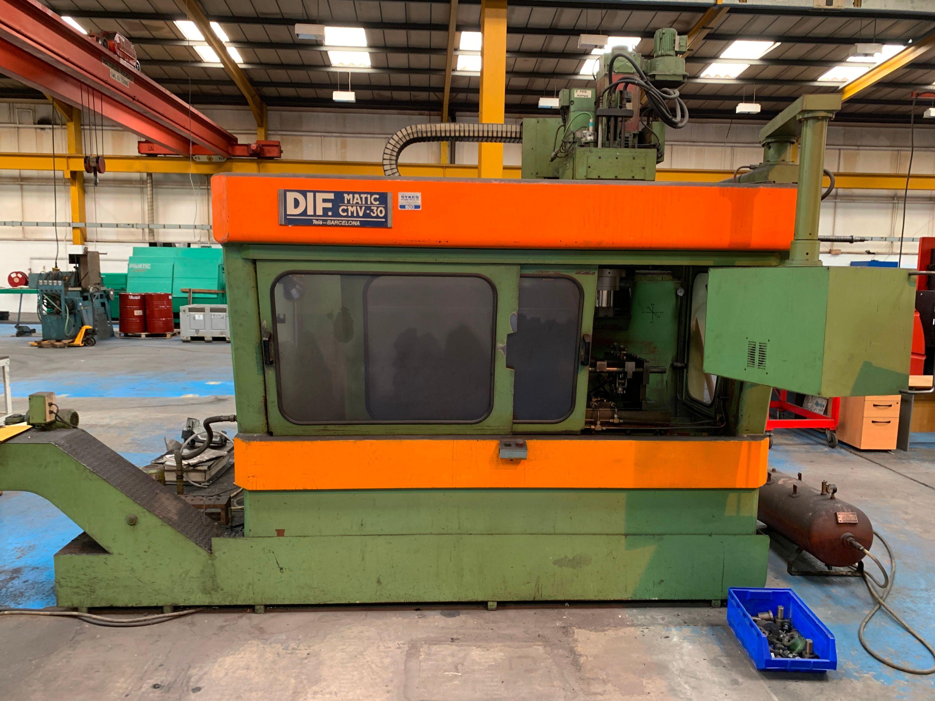 DIF Matic CMV-30 CNC-Bearbeitungszentrum