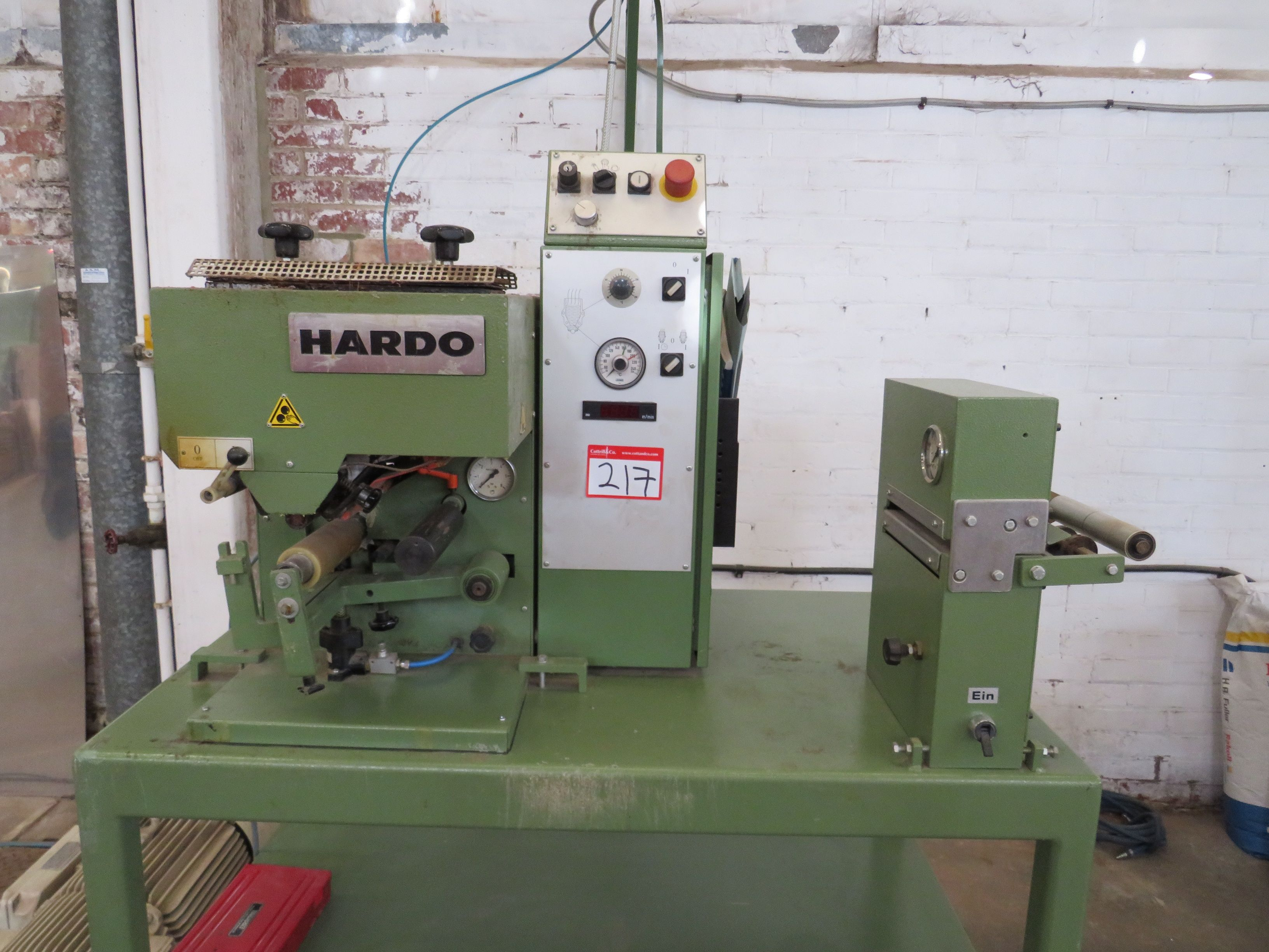 Hardo TH150 Hotmelt-Anwendung