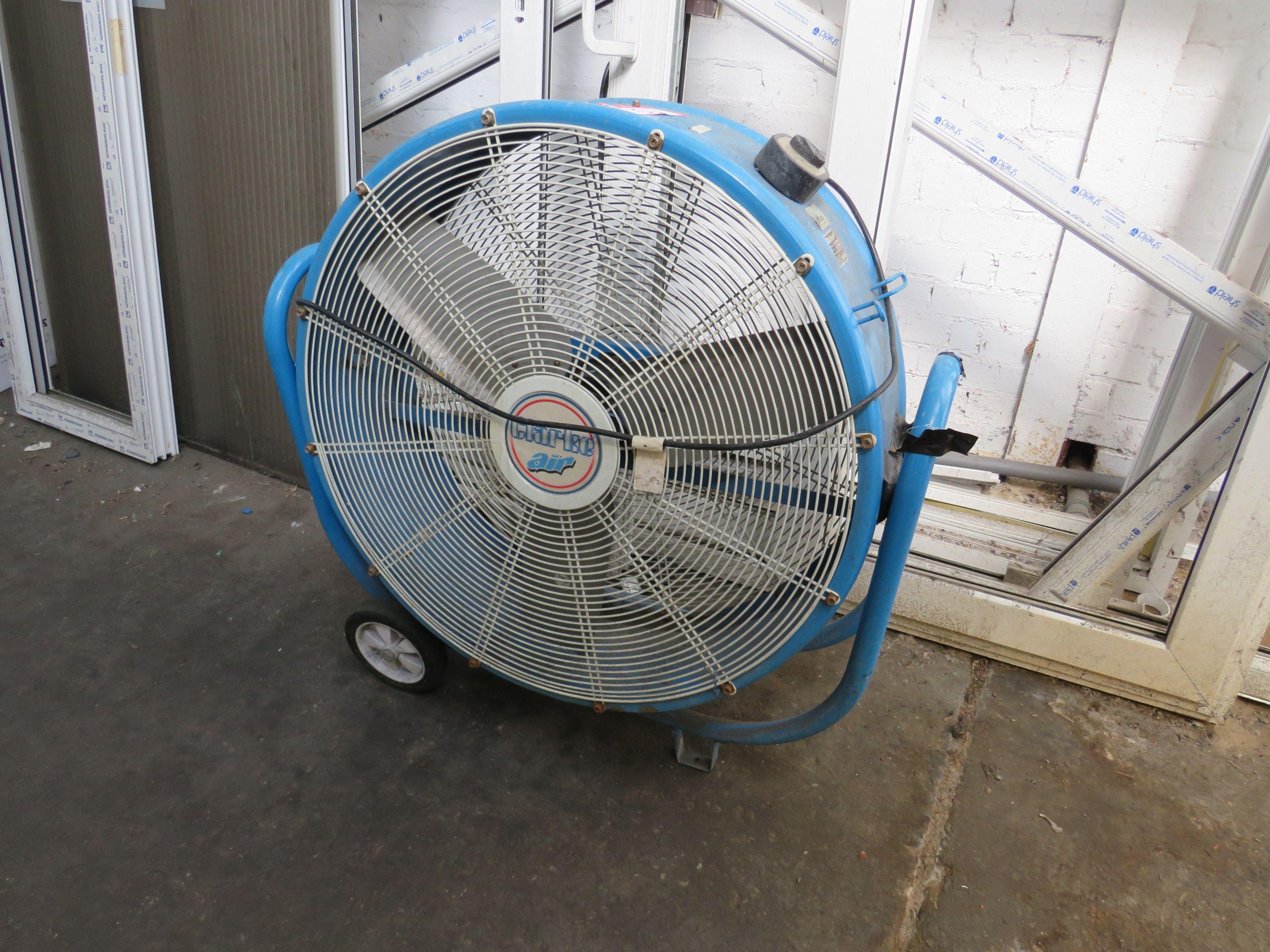 Clarke Air Mobile Fan Modell Nr. CAM6000