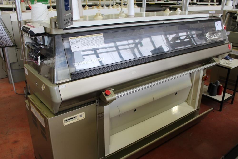 Shima Seiki SES 122FF Flachbettstrickmaschine