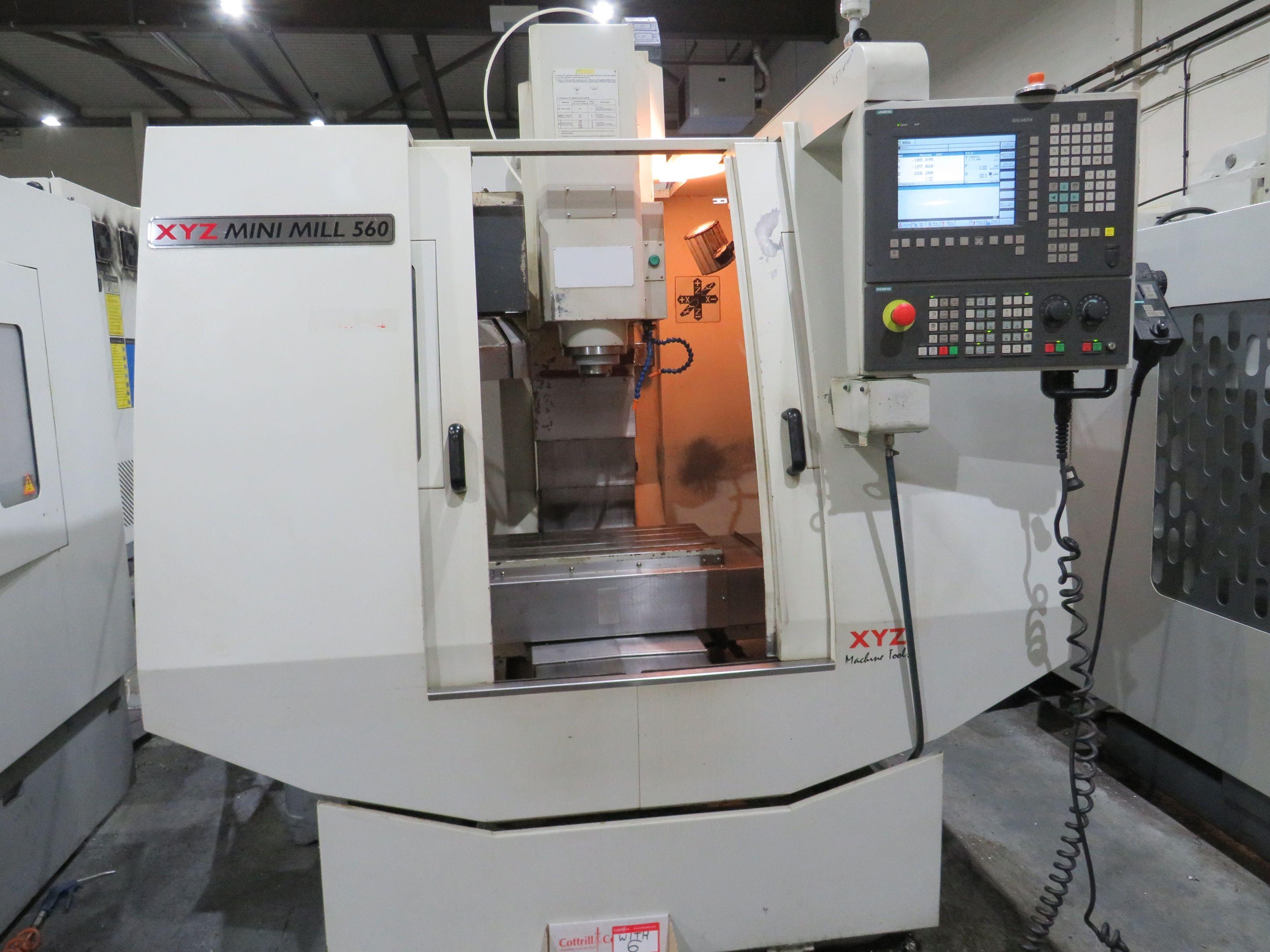 Vertikal-Bearbeitungszentrum XYZ 560