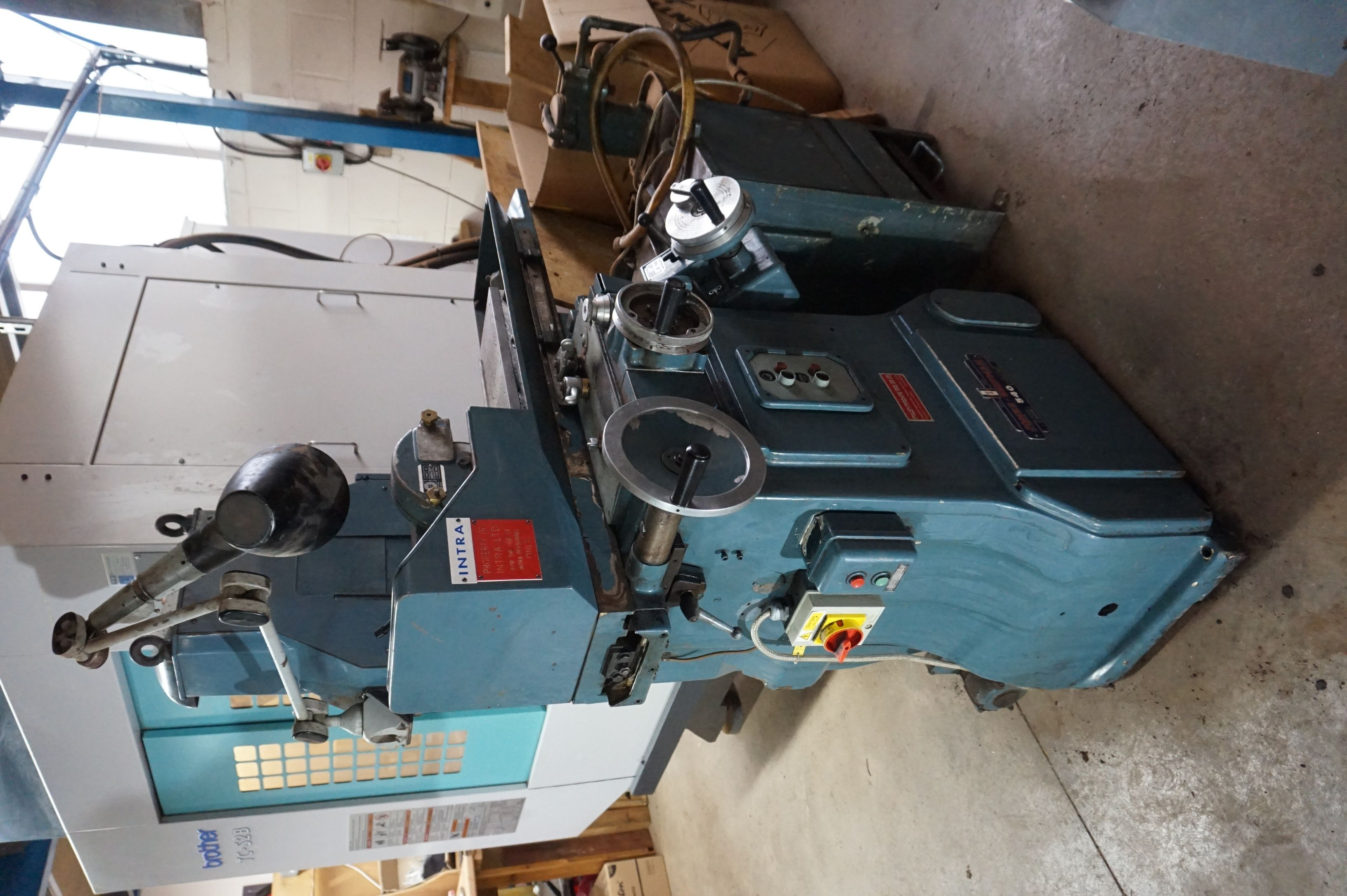 Jones & Shipman 540P Oberflächenschleifmaschine