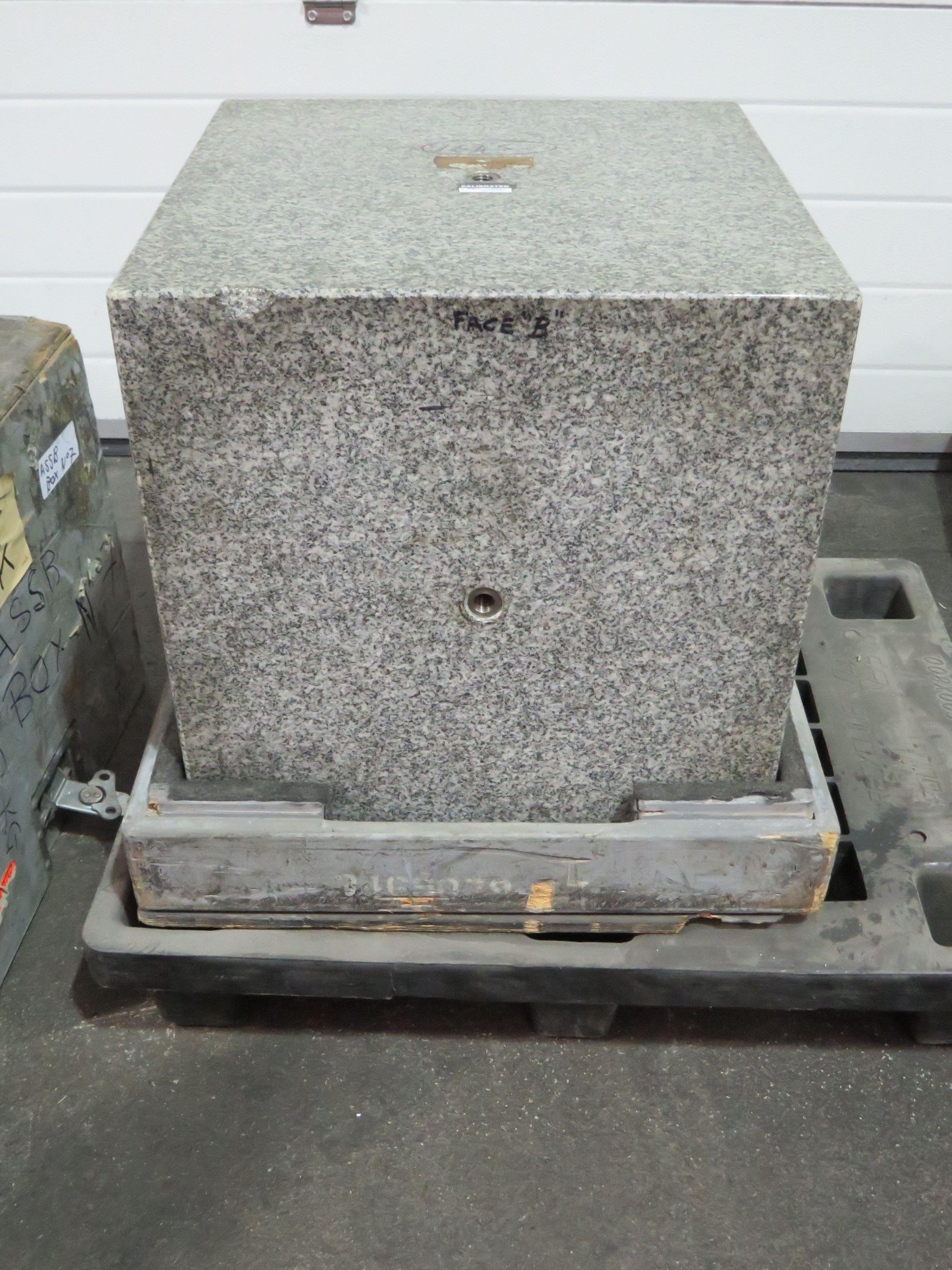 Granitblock 18