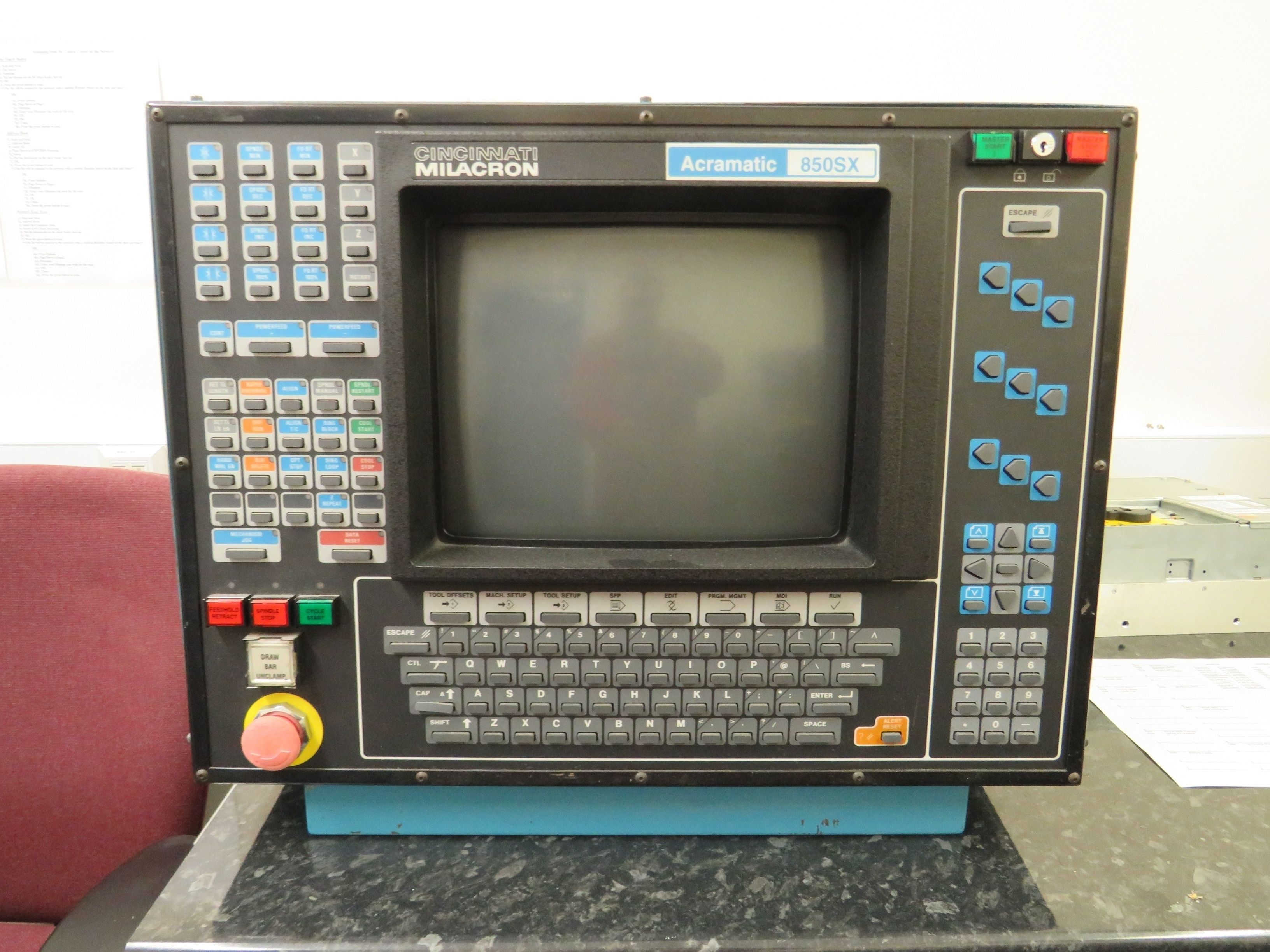 Cinncinati Milacron Acramatic 850SX Trainingssteuerung