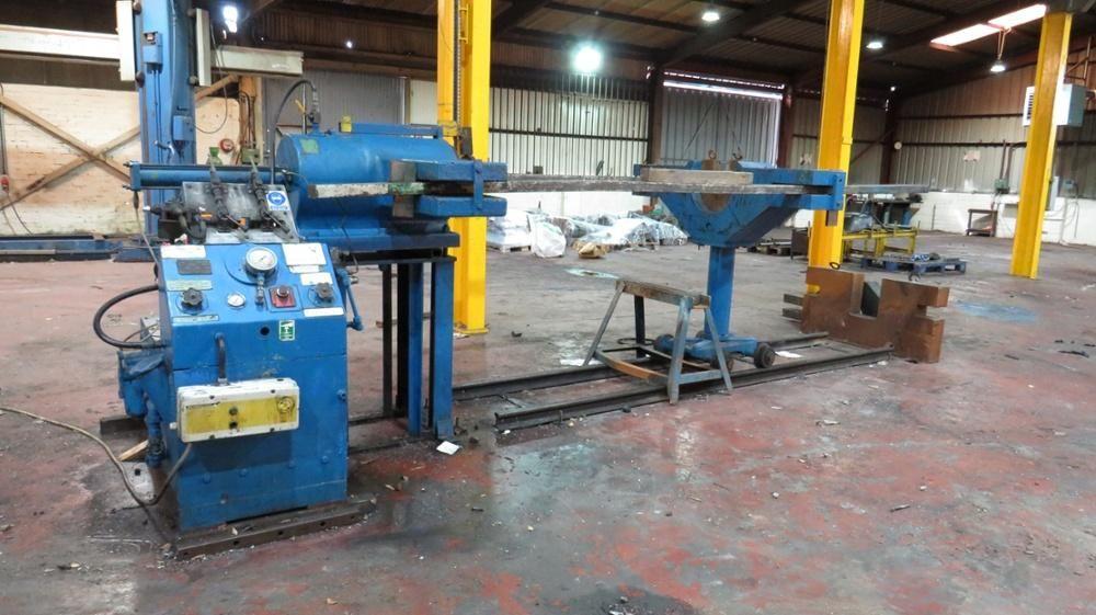 Finney Typ P3 / G 3m horizontale hydraulische Presse