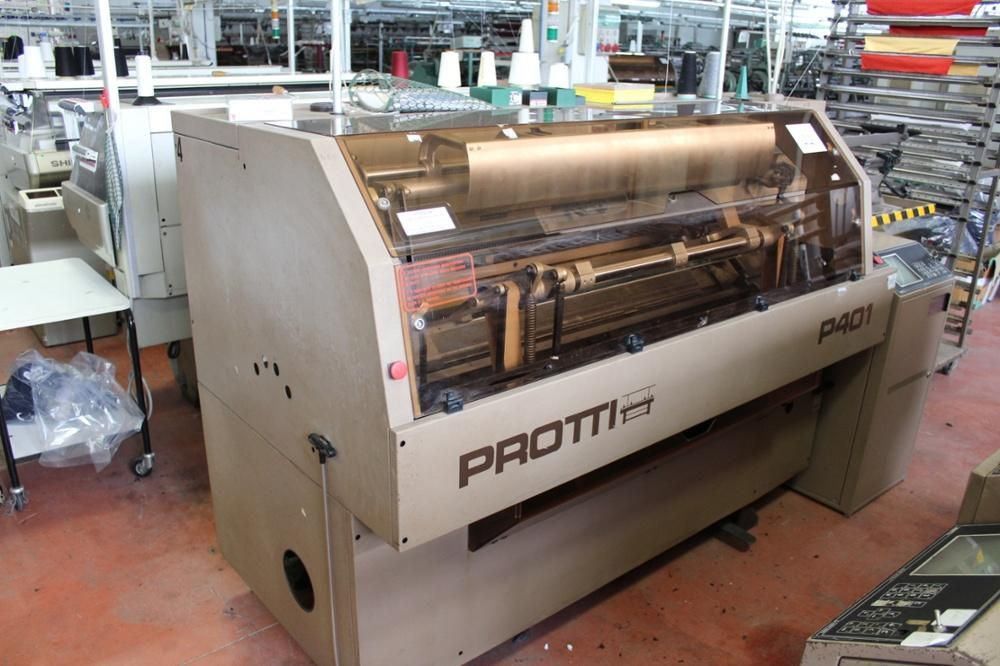 Protti Modell P401 Flachbettstrickmaschine