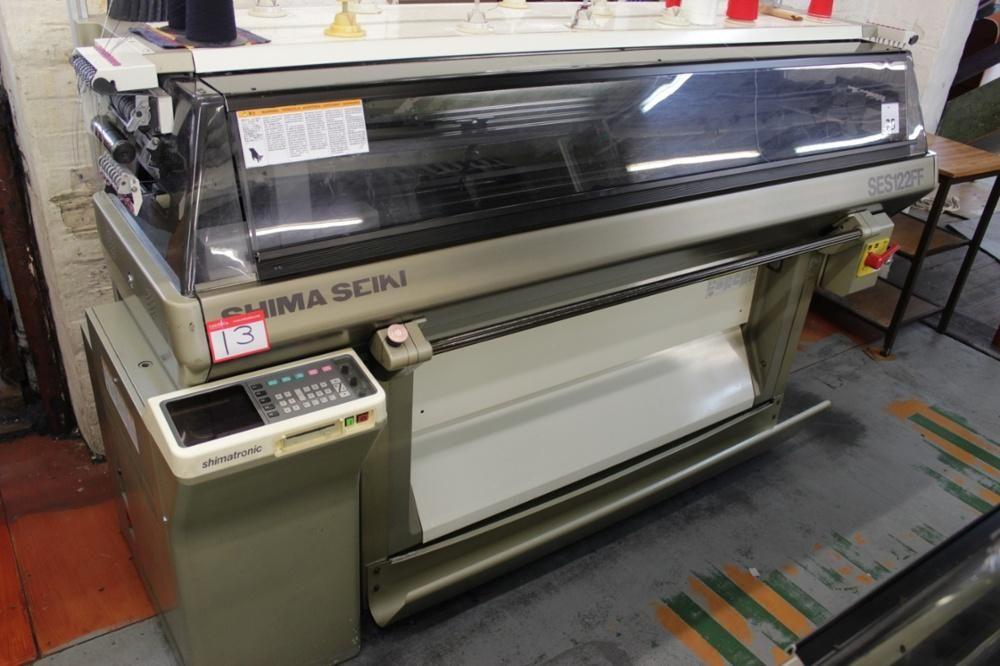 Shima Seiki SES122FF Computerized 7 Gauge máquina de tejer plana