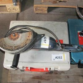 1 angle grinder Bosch GWS 22-230 JH