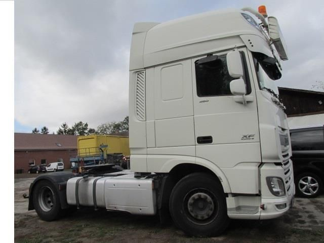 1 Sattelzugmaschine DAF FT XF 460 Super Space Cab