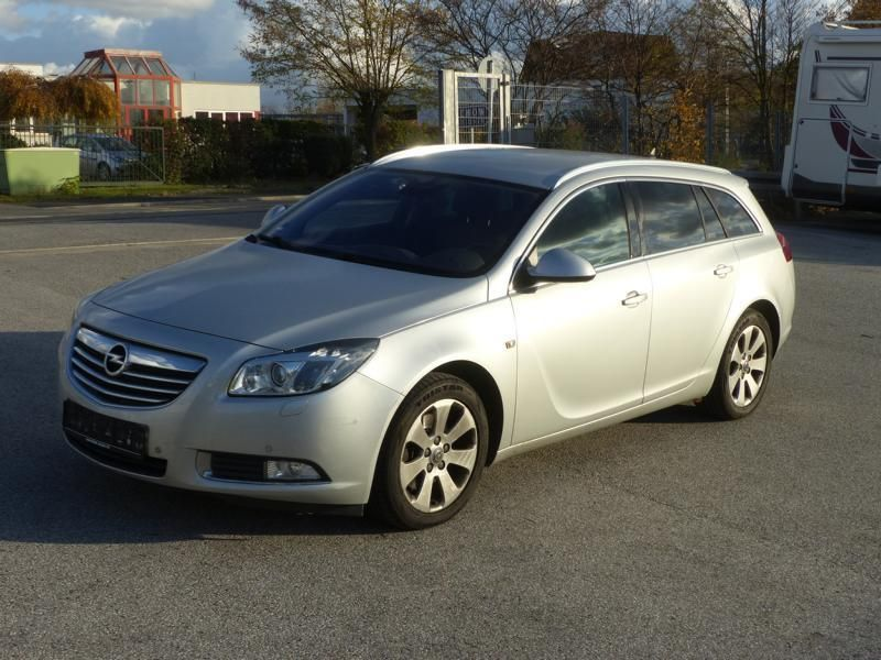 1 Pkw Opel Insignia 2.0 CDTI Sports Tourer Active