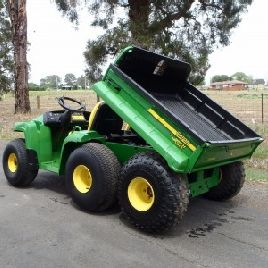 John Deere GATOR TH 6x4 ATV