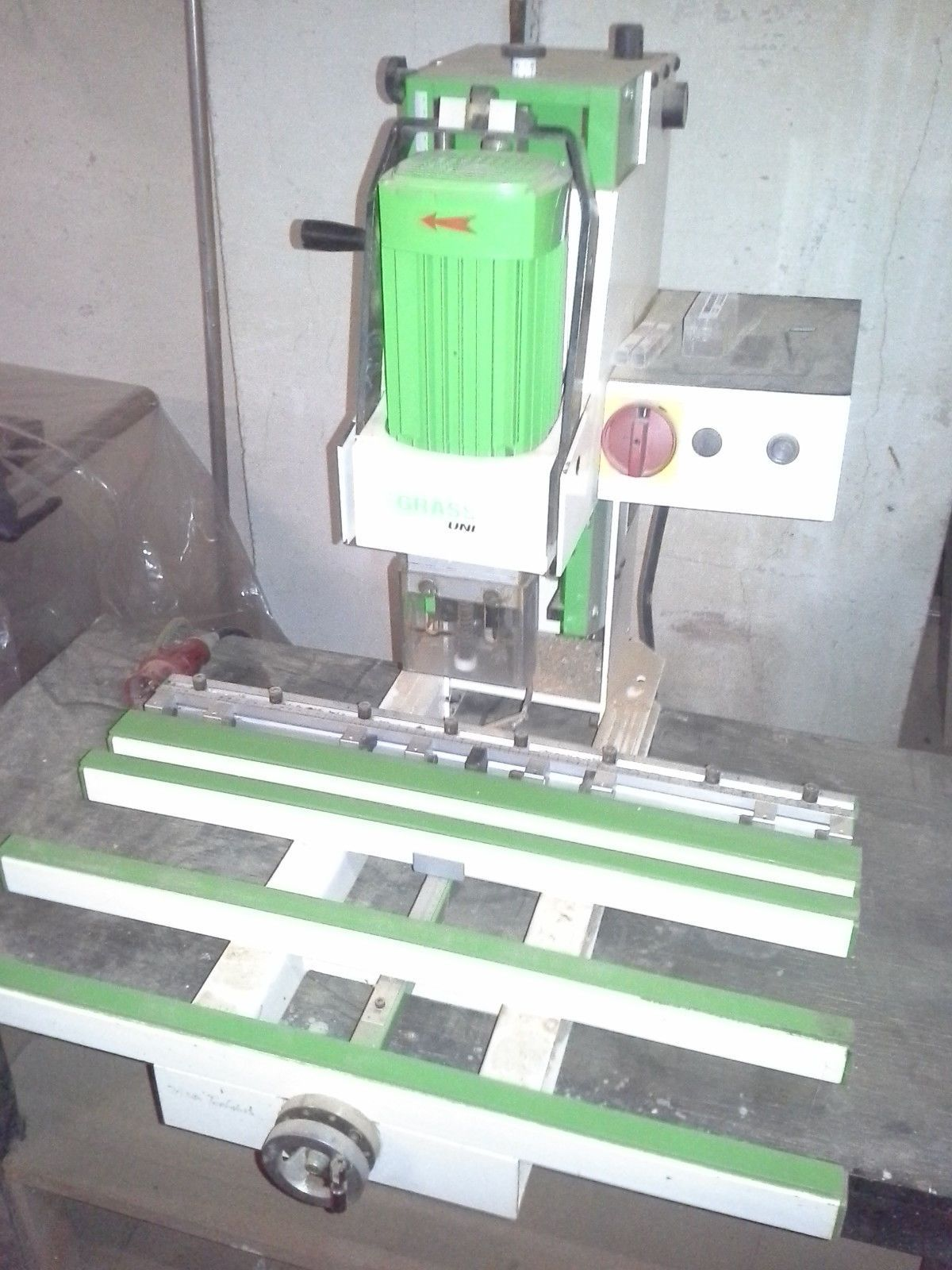 Beschlagbohrmaschine Grass UniPress, Topfbandbohrmaschine Lochreihenbohrmaschine