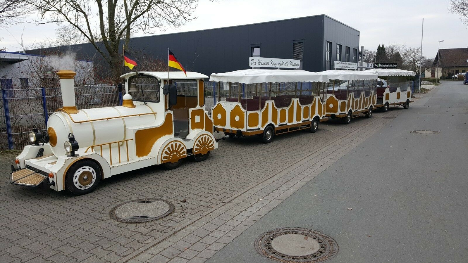 Bimmelbahn Dotto 3 Anhänger Top 6 KMH Zulassung