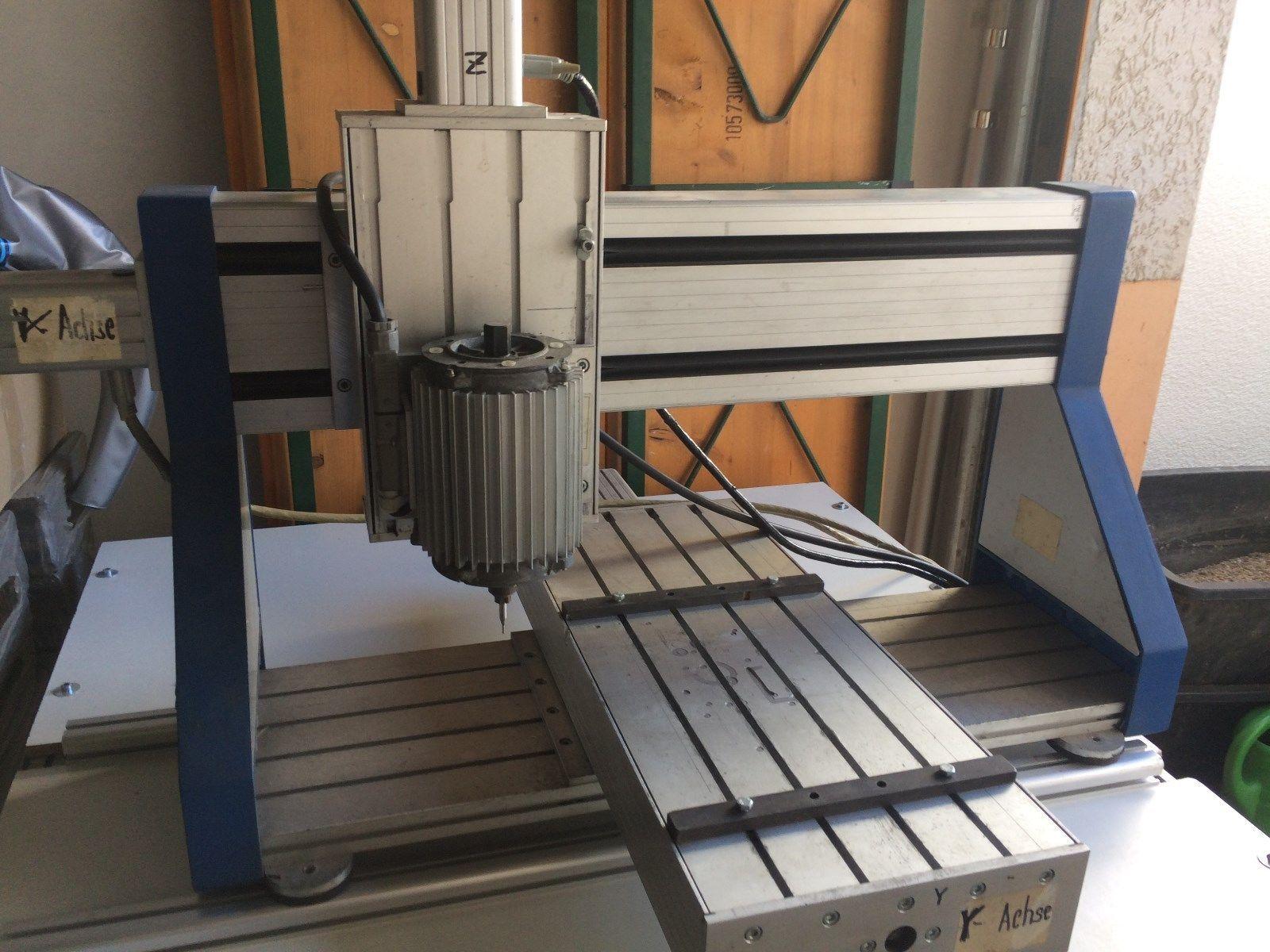 ISEL CNC Kreuztisch mit Steuerung C142 sowie Spindel ISM300 mit Ansterung M300