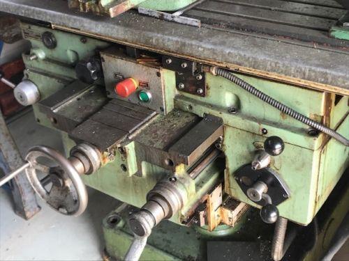 TOS FA3A-H Werkweugfräsmaschine Bearbeitungszentrum Fräsmaschine