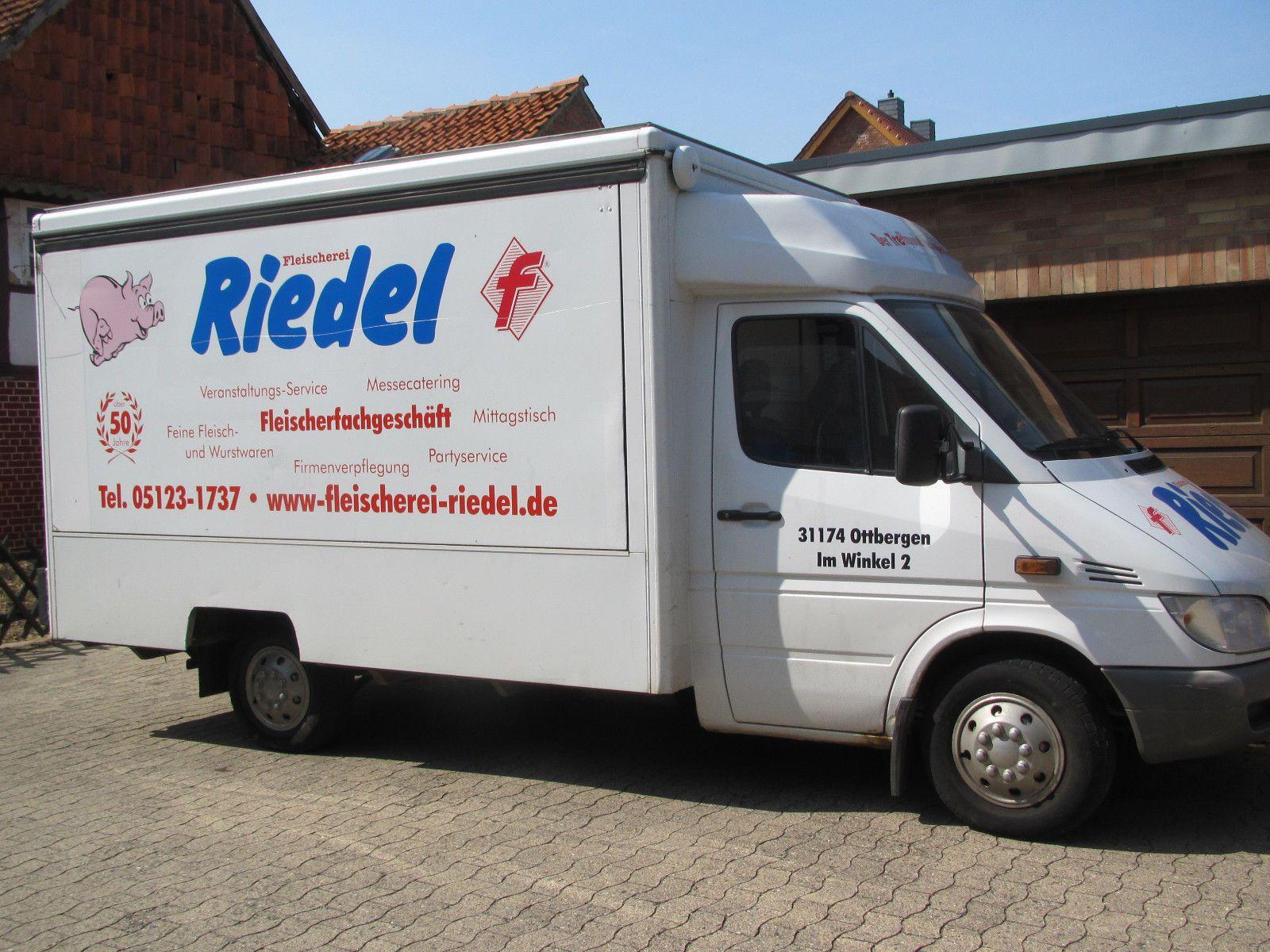 Verkaufswagen MercedesBenz 313 CDI mit Höhnsaufbau für Fleischerei Überlandpaket