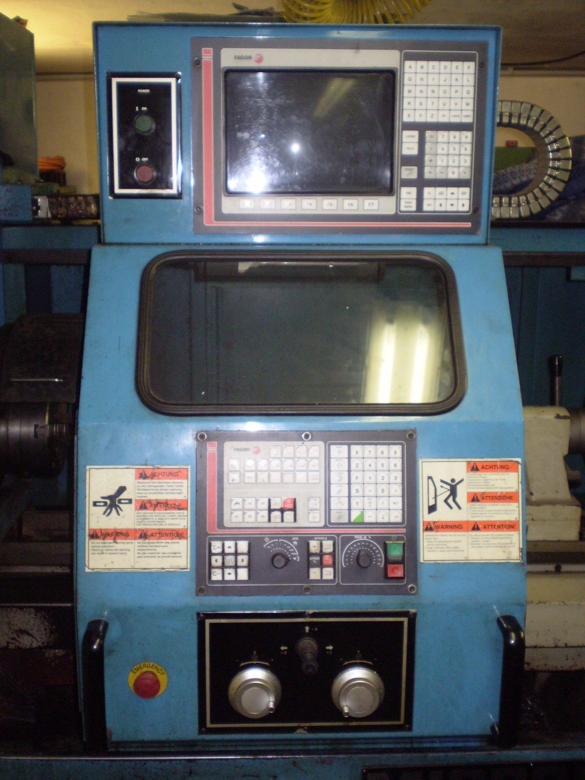 CNC Zyklendrehmaschine