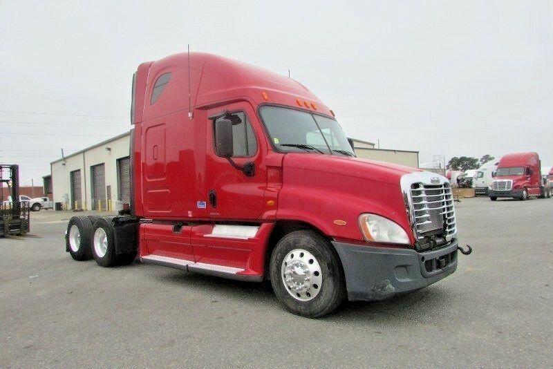 Freightliner Cascadia 2012 REPAIRABLE Keine Reserve 12 Semi # CLBC8286 R GA
