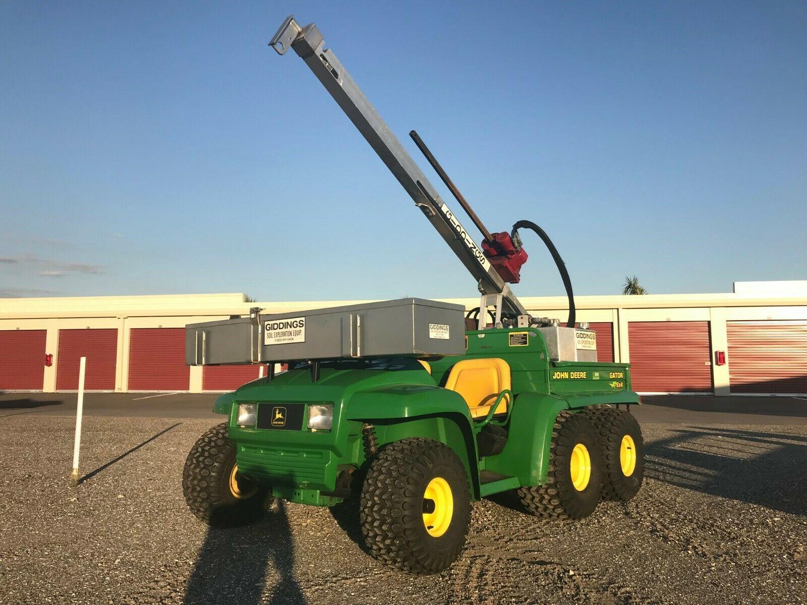 John Deere 6x4 Gator, Bodensonde und Anhänger - nur 220 Stunden - ich kann liefern!