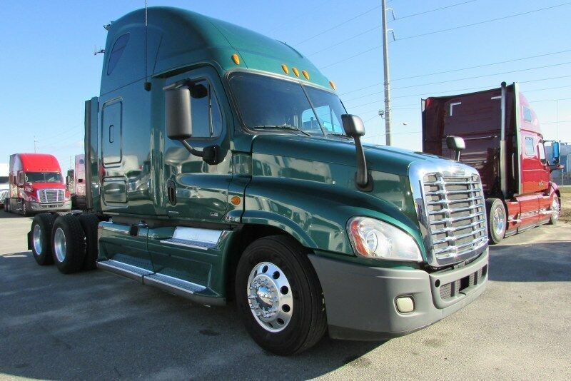 2012 Freightliner Cascadia w / Detroit DD15 Keine Reserve 11 Semi # CLBH9576 R GA