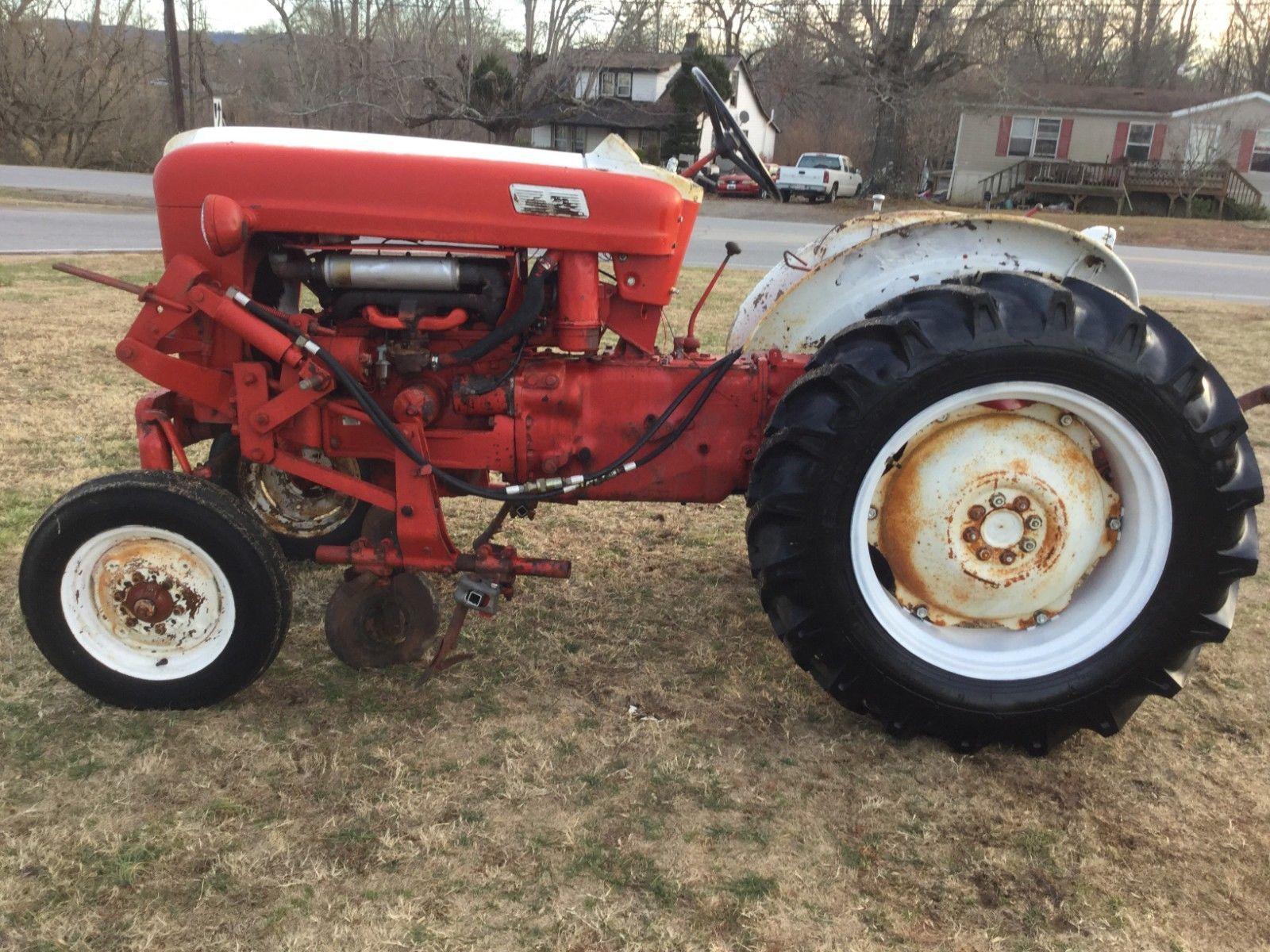 Ford 541 Workmaster Offset Kultivierender Traktor mit nur 2204 Stunden