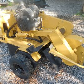 2010 Vermeer SC252 Stump Grinder, 500 HOURS, Runs and Works Like a New One