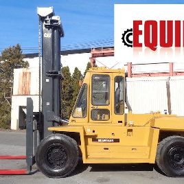 Caterpillar DP150 33,000lbs Forklift - Enclosed Cab - Fork Positioners