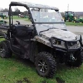 2014 John Deere XUV 550 GREEN ATV's & Gators
