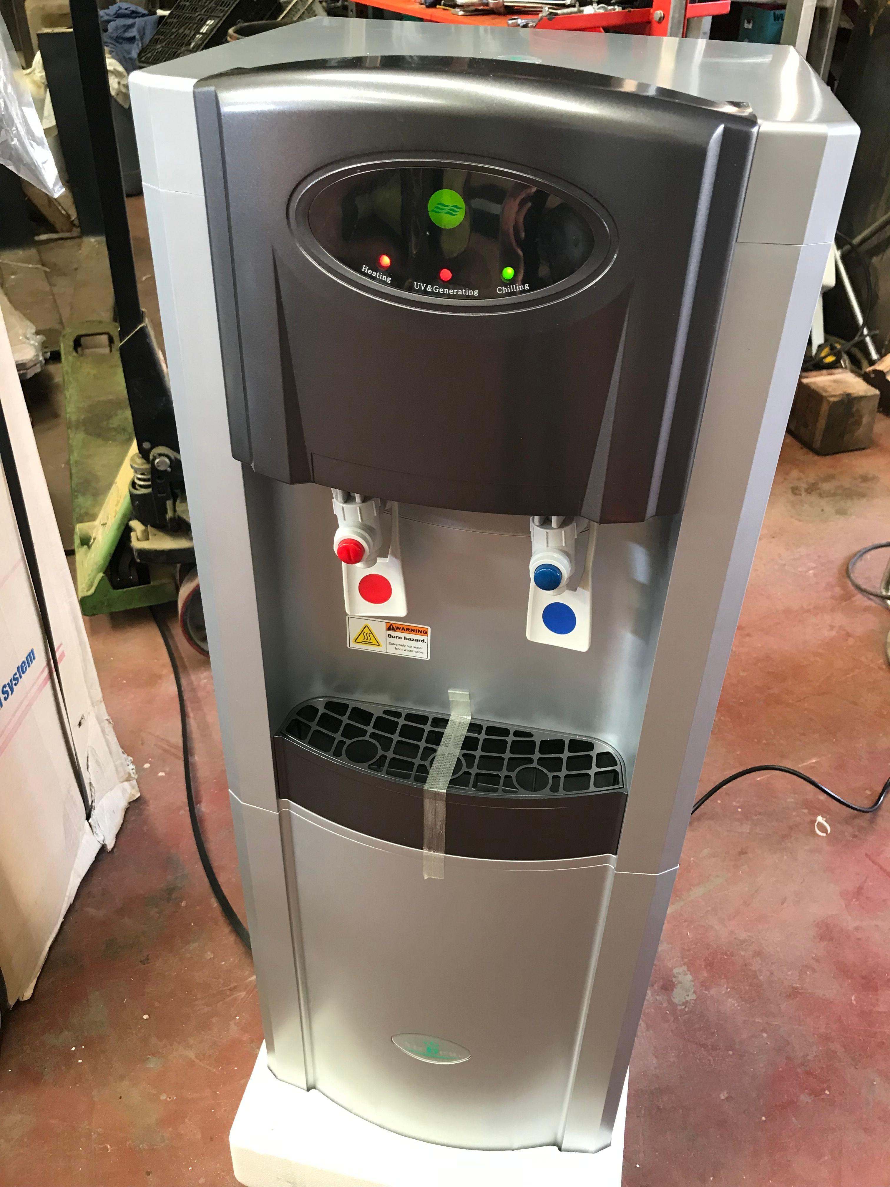 Reinigungsquelle für kaltes und heißes Wasser