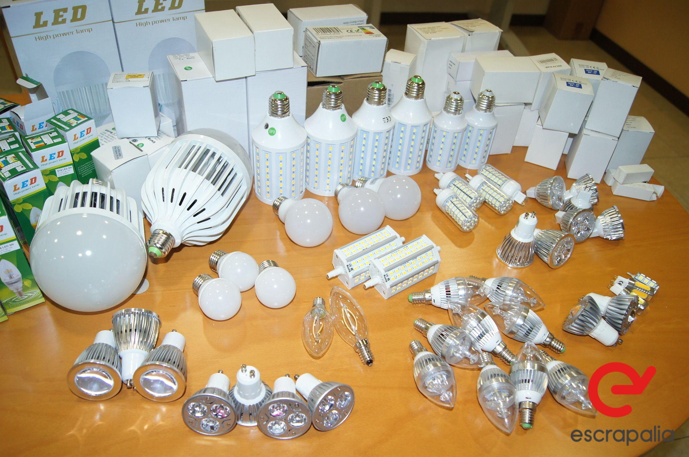 Lot 54 verschiedene LED-Lampen (neu)