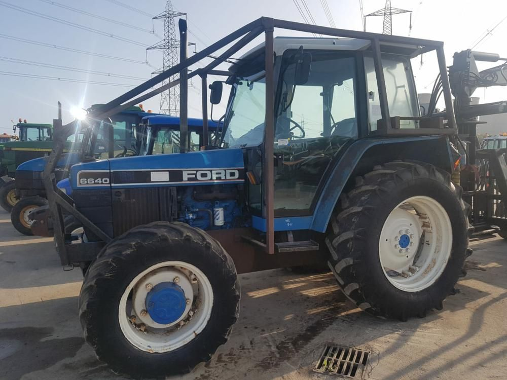 1993 Ford 6640
