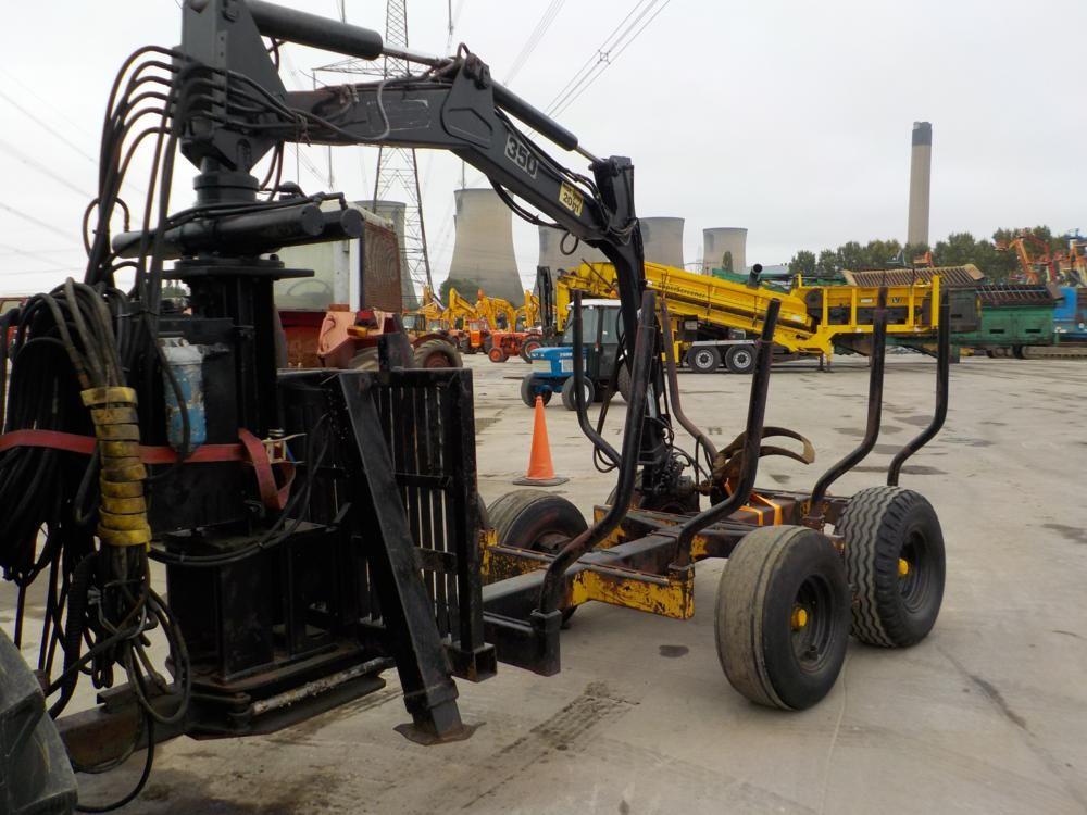 Zweiachsiger Holzanhänger, FMV 350 Hiab, hydraulischer Holzgreifer