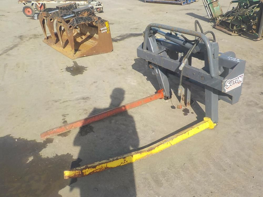 LOT # 1827 - 2013 Suton Hydraulic Bale Forks für Manitou Teleskoplader