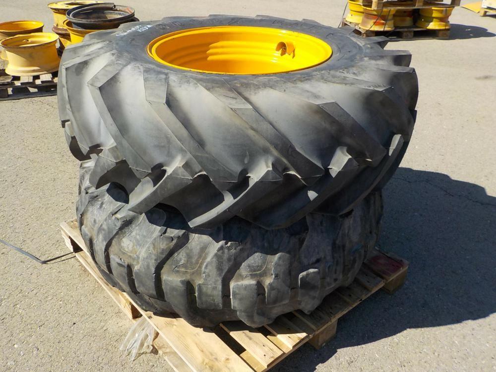 16,5 / 85-24 Reifen & amp; Felgen passend für JCB Teleskoplader (2 von)