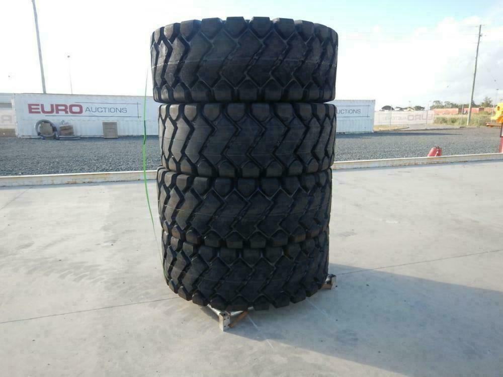Unbenutzte 23,5-25 Reifen (4 von)