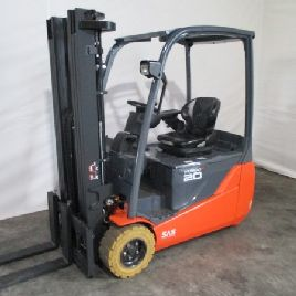Toyota 8 FBET 20 Electric Forklift