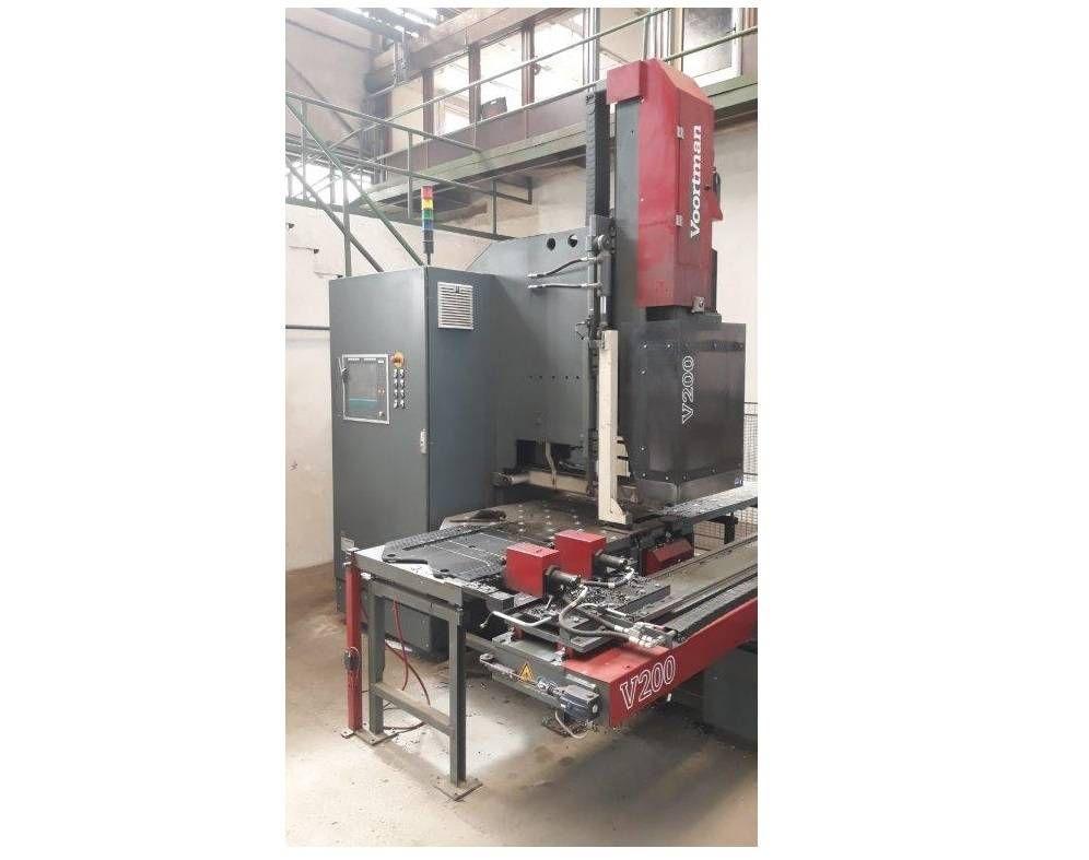 Halbautomatisches Stanzzentrum Voortman V200 RV: 2014
