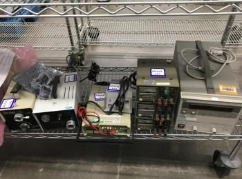 8 Stück. Testausrüstung zu umfassen: 1 EA. Optem Lichtquelle; 1 Stück Fiber-Lite Lichtquelle; 1 Stüc
