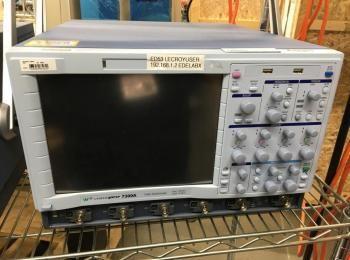 LeCroy Modell WavePro 7300A 3GHz Oszilloskop, s / n LCRY0705N49071, Mfg. 2009, Dual 20GS / S, Quad 1