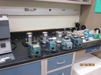 8 Ea. Einzubeziehende Laborausrüstung: (3) Variabler Autotransformator Staco 3PN1010, 120V; (1) Powe